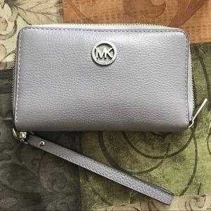 Michael Kors IPhone Wristlet Wallet